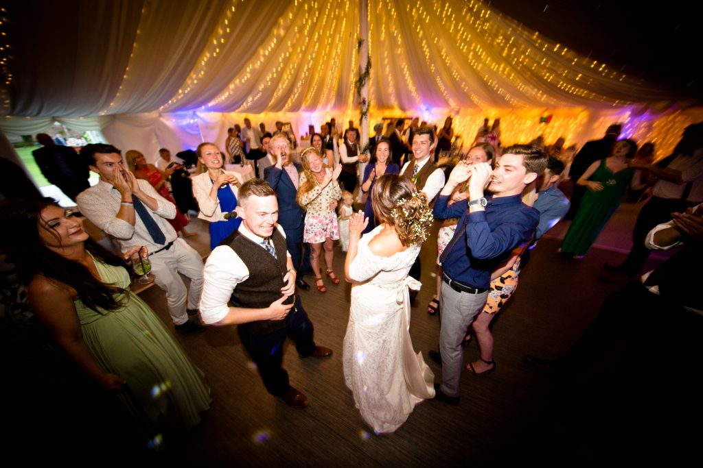 dance lights bride wedding