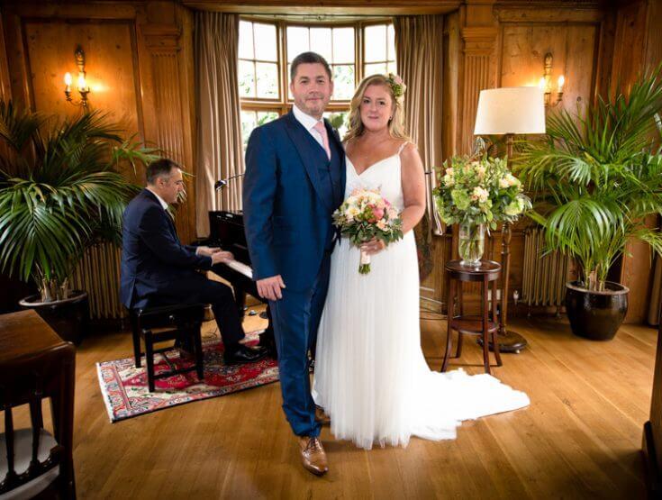 bride groom piano wedding