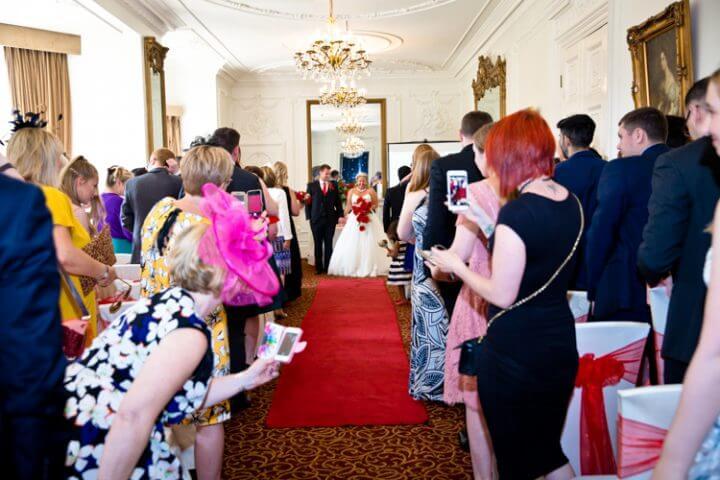 bride groom married bouquet