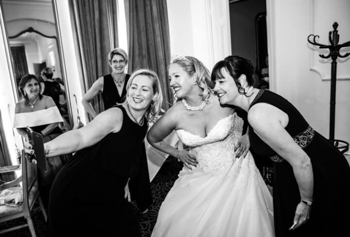 bride smile selfie photo phone