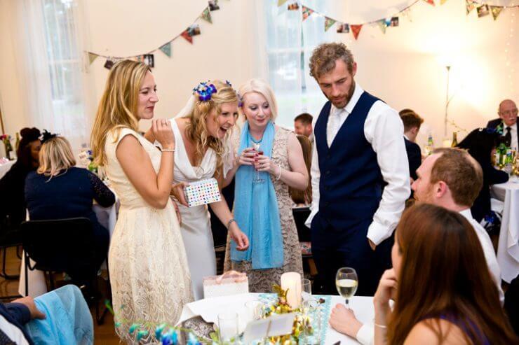 bride groom guests dinner