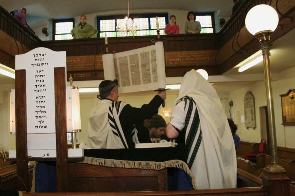 Holding_Torah_Synagogue_purim_9449PG-1