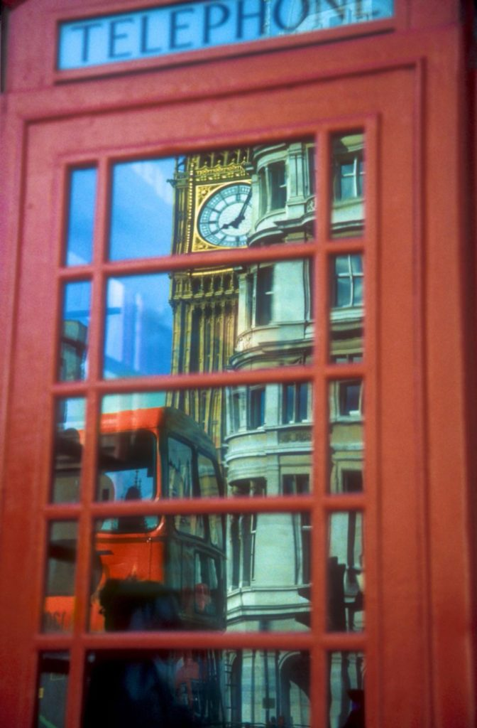 Red-phone-box-London