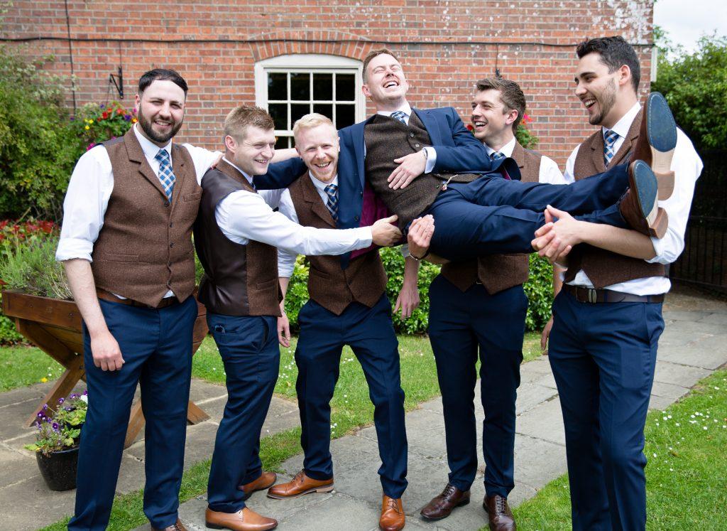 groom best man