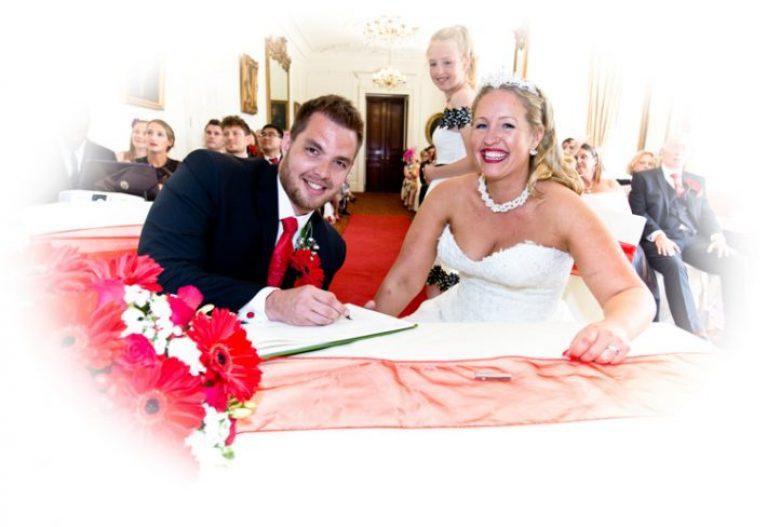 bride groom regirstar