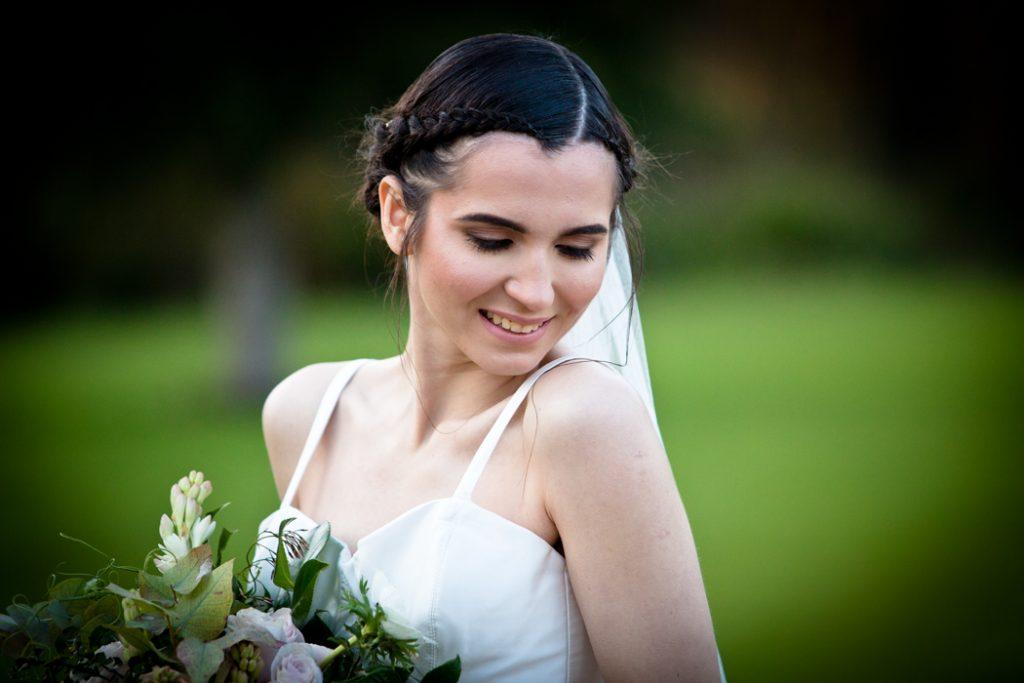 wedding dress bride flowers